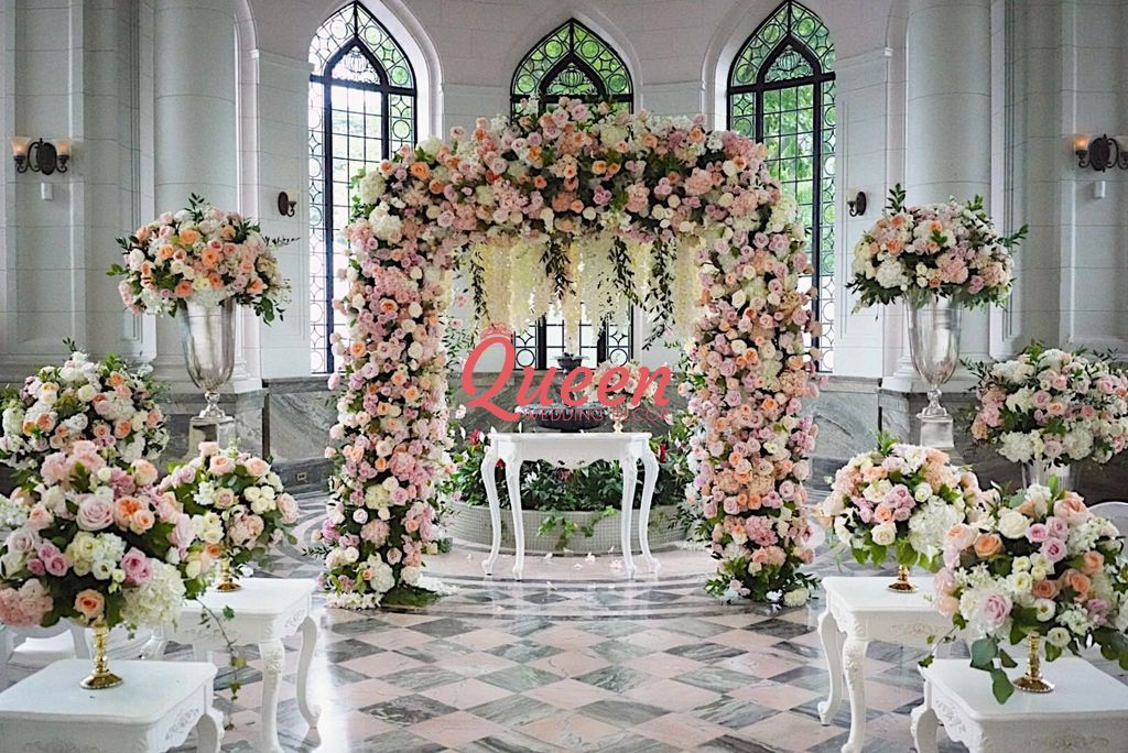 Queen wedding decor toronto markham mississauga scarborough junglespirit Choice Image